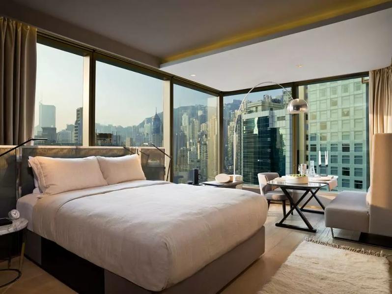 https://www.hotels.com/ho471329/99-bonham-hong-kong-hong-kong-sar/